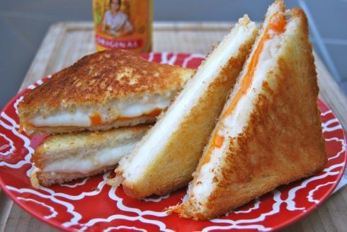 Sandwich fromage fondu