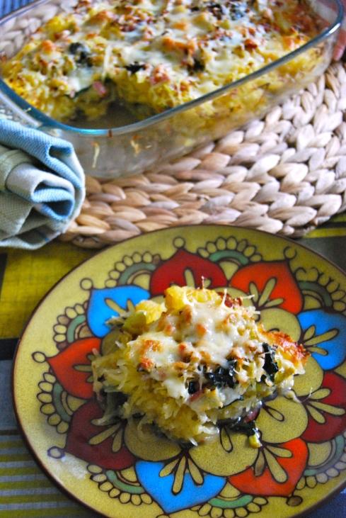 spaghetti squash and leek casserole -  gratin de courge spaghetti et poireaux