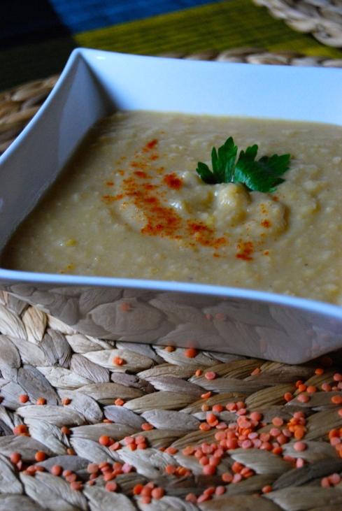Red lentils and parsnip soup - Soupe de lentilles corail et panais