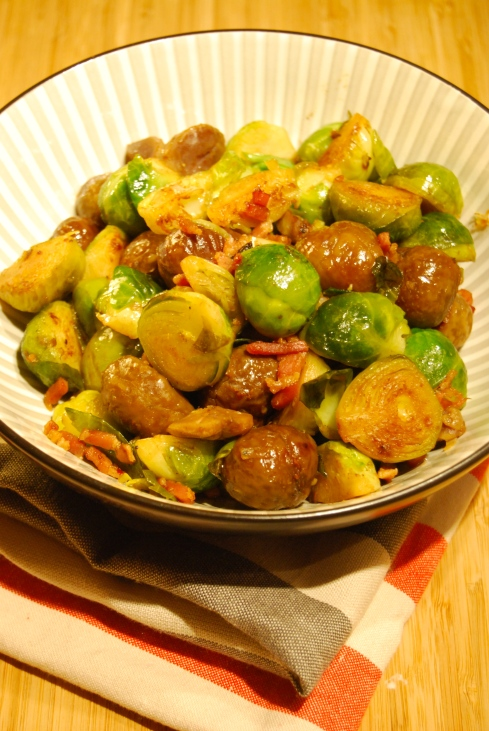 Roasted Brussel Sprouts and Chestnuts - Poêlée de choux de Bruxelles et Marrons