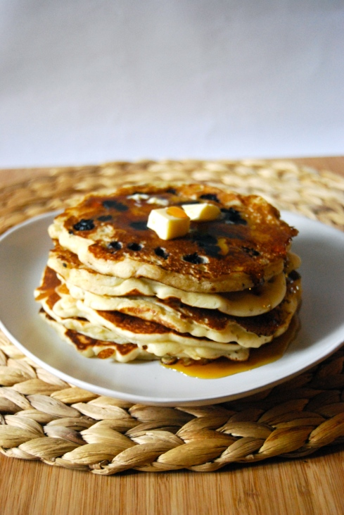 Blueberry and Banana Pancakes - Pancakes Banane et Myrtille