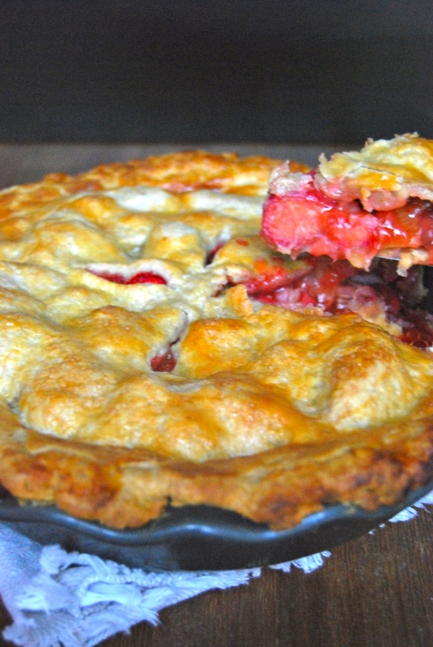Rhubarb & Strawberry Pie - Tourte Rhubarbe et Fraise