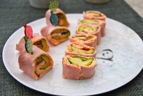 Ham, grilled veggies and goat cheese rolls. Easy appetizers - Roulés jambon, légumes grillés et fromage de chèvre. Apéro facile