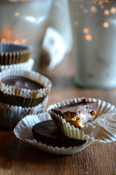 Peanut Butter and Pretzel Chocolate cups - Chocolats beurre de cacahuète et bretzels - Christmas - Noël